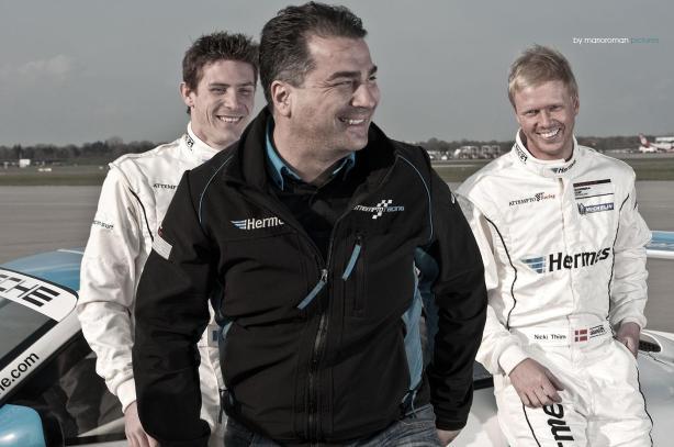 Attempto Racing Teamchef Arkin Aka und die Fahrer Kévin Estre und Nicki Thiim by marioroman pictures